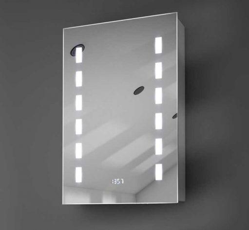 Aluminium badkamerspiegelkastje met verlichting spiegelverwarming en klok