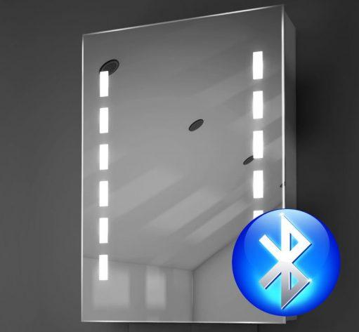 Smalle badkamer spiegelkast met verlichting, verwarming en muziek systeem
